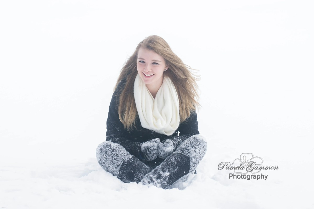 Winter Senior Portraits | Portsmouth Ohio Senior Photography | Pamela Gammon Photography