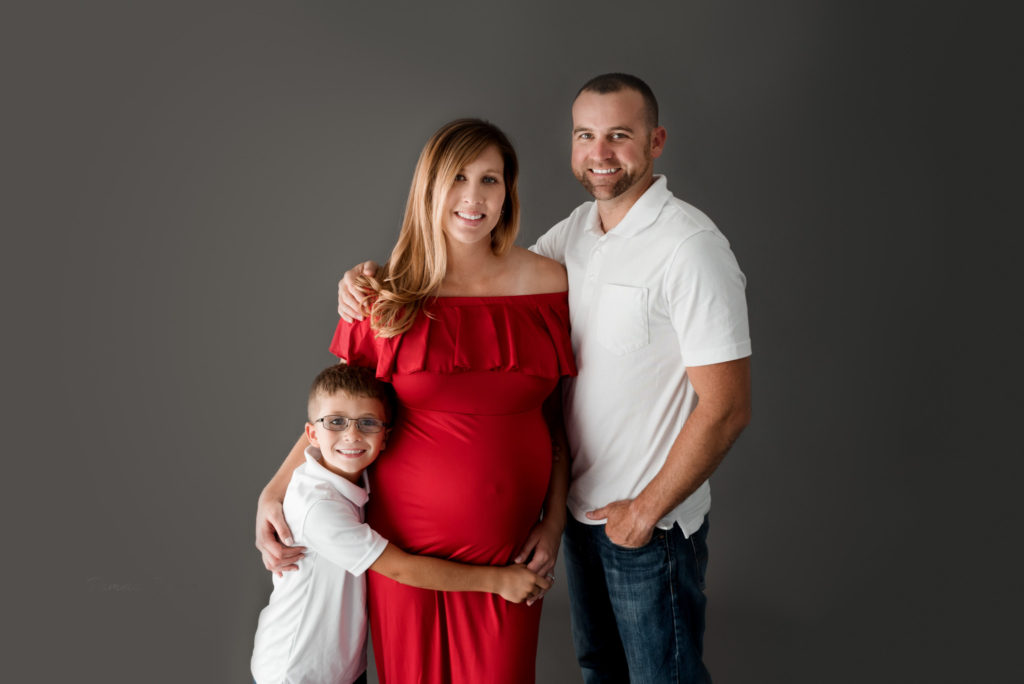Family Maternity Photography Posing Ohio