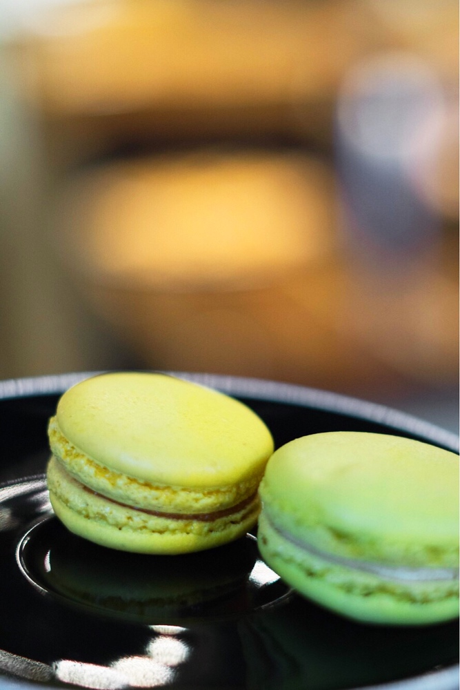 Macrons at La Maison Smith Place Royale