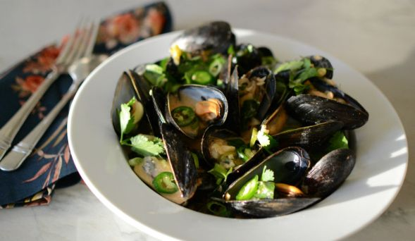 Spicy Mussels with Red Curry Coconut Milk and Ginger