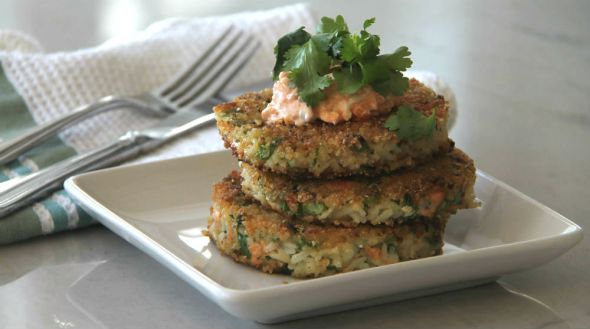Asian Salmon Rice Cakes with Kimchi Mayo