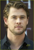 Chris Hemsworth Attends 'Thor' Photocall