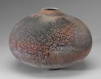 rounded vessel ceramic