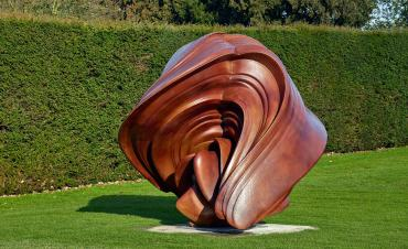 KK _tony-cragg-willow-2014.-bronze.-courtesy-the-artist-and-yorkshire-sculpture-park.-photo-c-michael-richter
