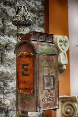 letterbox1