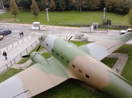 Lietadlo lisunov LI2