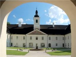 Svätý Anton - kaštieľ s múzeom