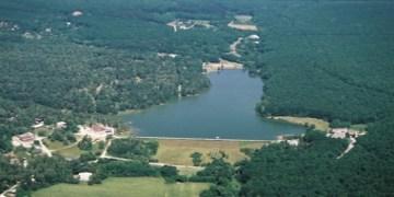 letecký náhľad na vodnú nádrž Duchonka