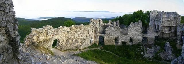 Strážny hrad Tematín