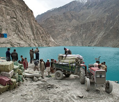 Gojal: Open defecation threatens the environment around the dammed Hunza River