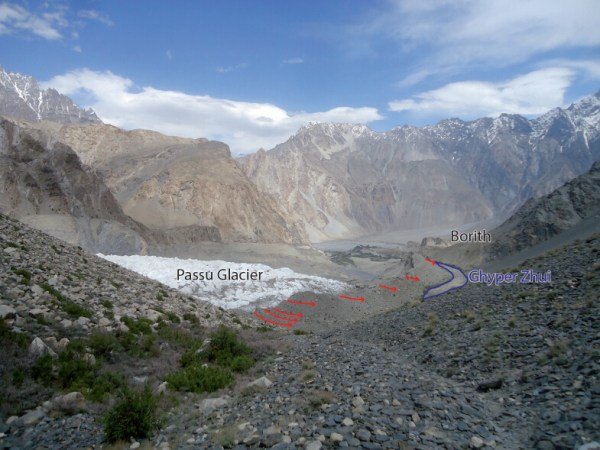 The Lake Ghyper Zhui fed by Passu Glacier via a number of channels (red arrows). The channels are desiccated due to limited glacier melt. (Photo credit: Sitira Parveen)