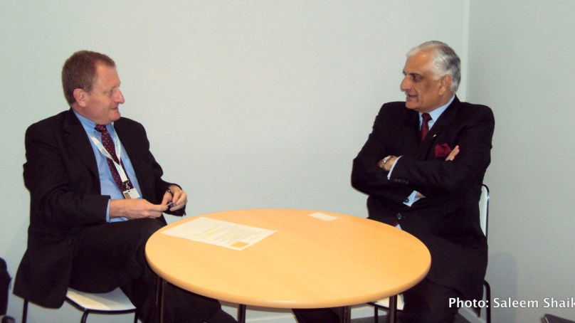 Zahid Hamid urges World Bank to help Pakistan boost climate resilience