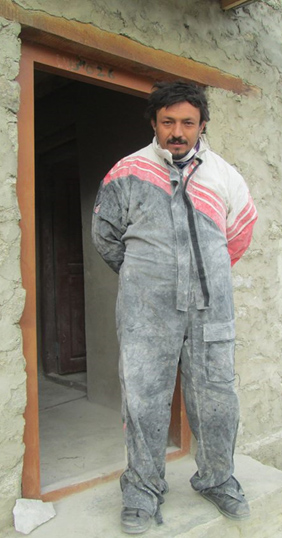 Iqbal Qasim, the self-taught sculptor