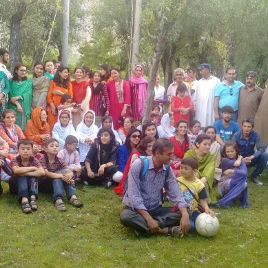 A picnic in Ghizar; the land of beauty