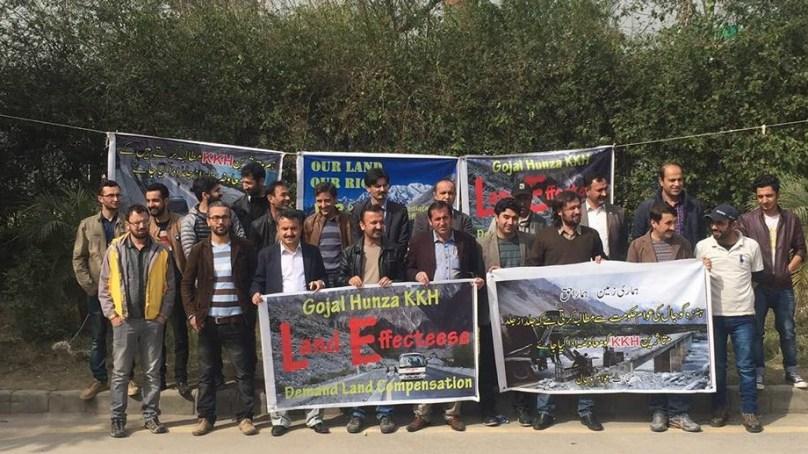 Islamabad: KKH expansion affectees protest, demand compensation