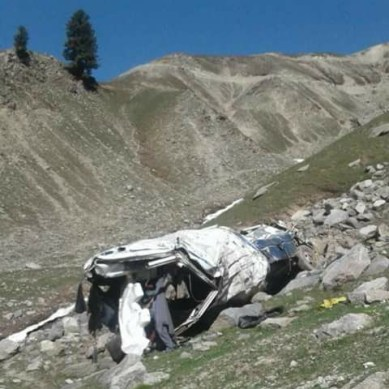 12 dead as Chitral bound vehicle falls in a ravine