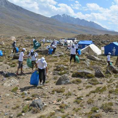 Aided by AKRSP, 40 volunteers collect 4 tonnes of solid waste after Shandur festival