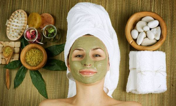 bigstock-Spa-Facial-Mud-Mask-Dayspa-12579590
