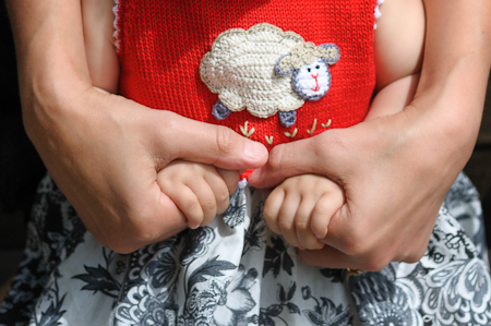 Mama and daughter hands ©2012 Wenmei Hill Photography