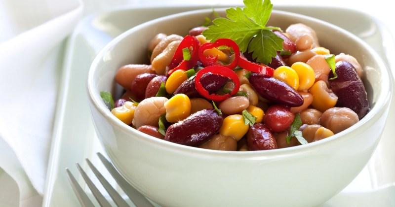 Bønner er sunn og mettende mat, takket være både kostfiber og protein