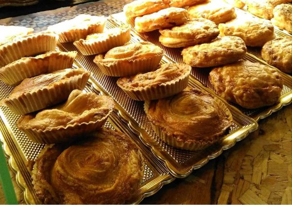 Pasteles_de_carne_1a_calidad_ternera _olivas_huevo_jamon_chorizo-sin_gluten-sin_lactosa-www.panaderiajmgarcia.com