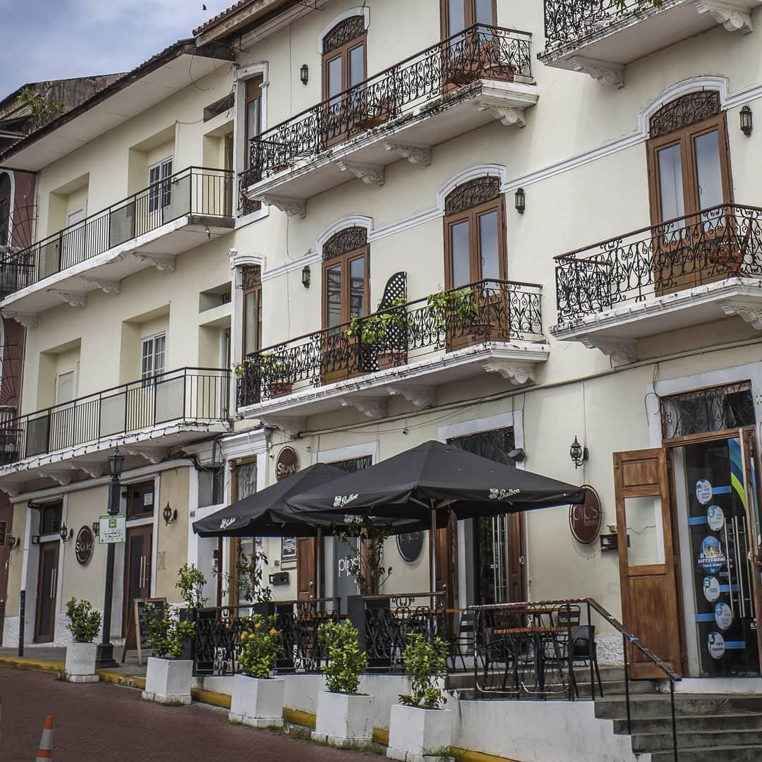 Exterior of Casa Antigua Hotel