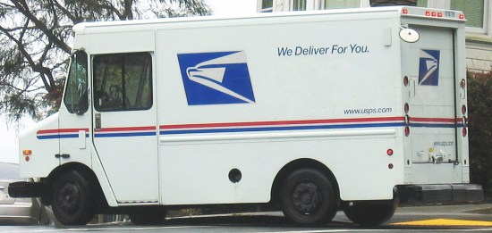 United_States_Postal_Service_Truck