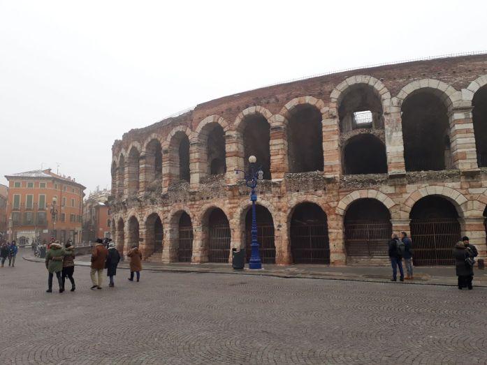 Arena di Verona dell'esterno