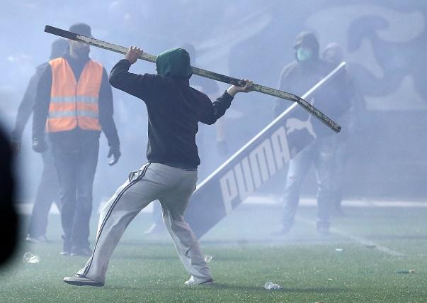 Ντου οπαδών στο γήπεδο! | panathinaikos24.gr