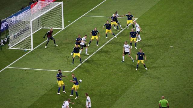 Η απίστευτη φωτογραφία από τον πάγκο της Γερμανίας τη στιγμή του γκολ (pic)   panathinaikos24.gr