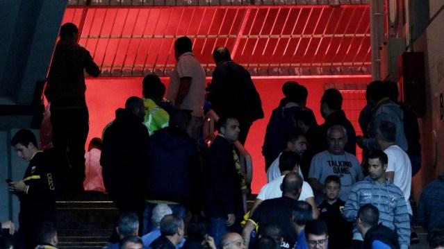 Εκτακτο: «Επίθεση 300 οπαδών της ΑΕΚ με πέτρες, μάρμαρα και μολότοφ στους αστυνομικούς»   panathinaikos24.gr