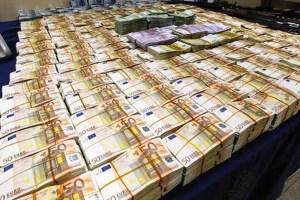ΒΟΜΒΑ: Βρέθηκαν 19 εκατομμύρια ευρώ σε σπίτι πολιτικού του ΠΑΣΟΚ! | panathinaikos24.gr