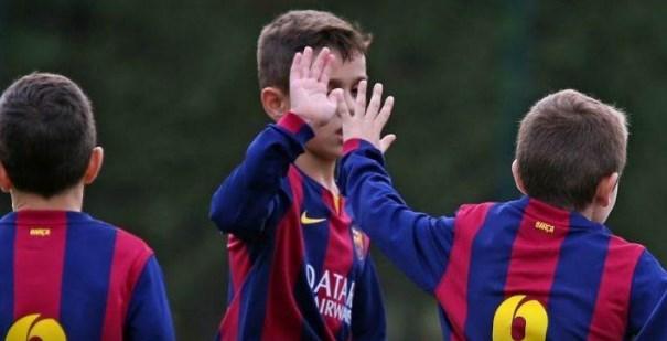 Τύφλα να 'χει ο Μέσι: Tο ανεπανάληπτο φάουλ του 10χρονου «Λιονέλ» (vid)   panathinaikos24.gr