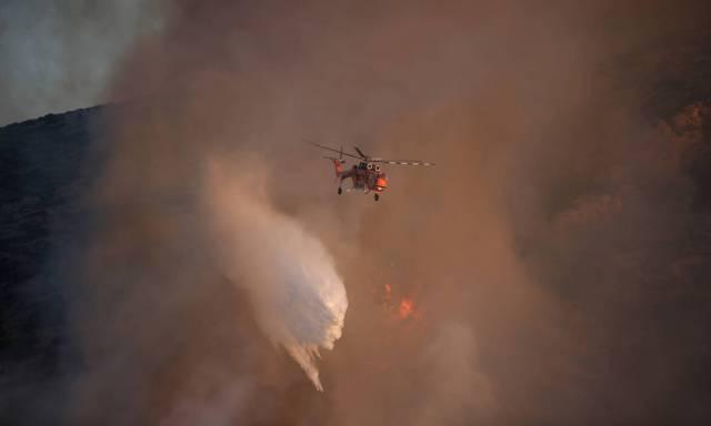 Φωτιά ΤΩΡΑ: Νέα πυρκαγιά στο Μαρκόπουλο!   panathinaikos24.gr