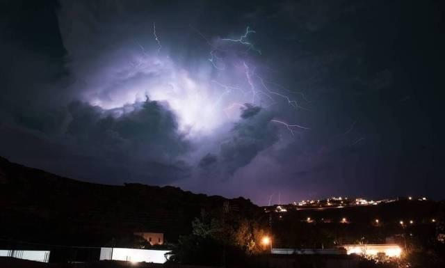 Καιρός – ΤΩΡΑ: Ισχυρές καταιγίδες στην Αττική!   panathinaikos24.gr