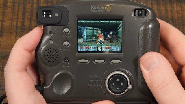 Κι όμως, το κλασικό DOOM μπορεί να τρέξει στην οθόνη φωτογραφικής μηχανής | panathinaikos24.gr