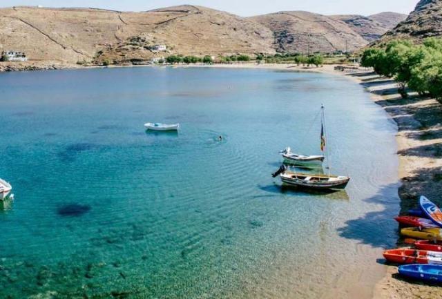 1,5 ώρα απ' το Λαύριο, 92 παραλίες: To μικρό νησί που θεωρείται ο πιο ασφαλής προορισμός για το καλοκαίρι του '20 (Pics)   panathinaikos24.gr