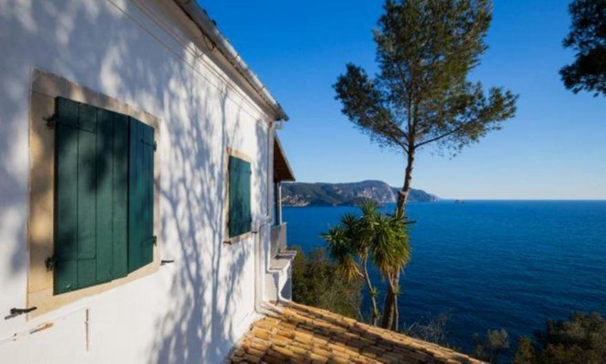 Ξεχάστε το Airbnb: Η νέα τάση διακοπών που κάνει θραύση το φετινό καλοκαίρι | panathinaikos24.gr