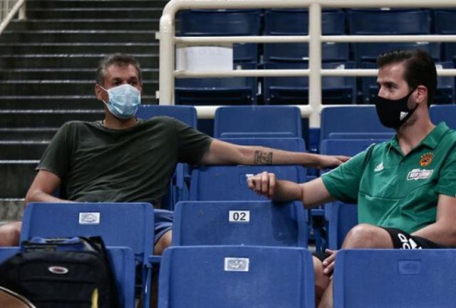 Διαμαντίδης: «Ευχή όλων να γυρίσει ο κόσμος στα γήπεδα γρήγορα» | panathinaikos24.gr