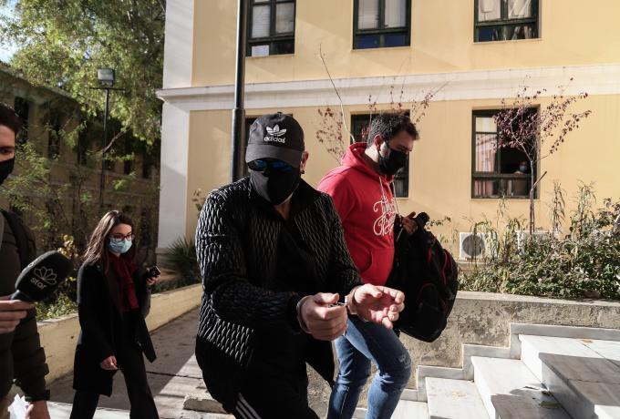 Νότης Σφακιανάκης: Ποινική δίωξη για παράνομη οπλοκατοχή και κατοχή ναρκωτικών | panathinaikos24.gr