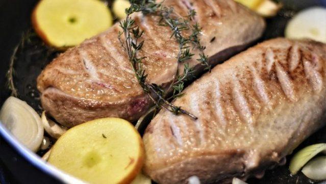 Έρχεται και στην Ελλάδα: Η νέα τάση στο κρέας που κάνει θραύση σε όλο τον κόσμο λόγω κορωνοϊού | panathinaikos24.gr