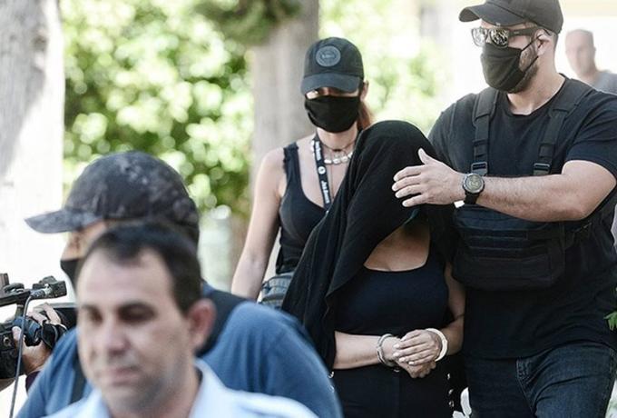 Ομολόγησε η 35χρονη Εφη για την επίθεση με βιτριόλι   panathinaikos24.gr