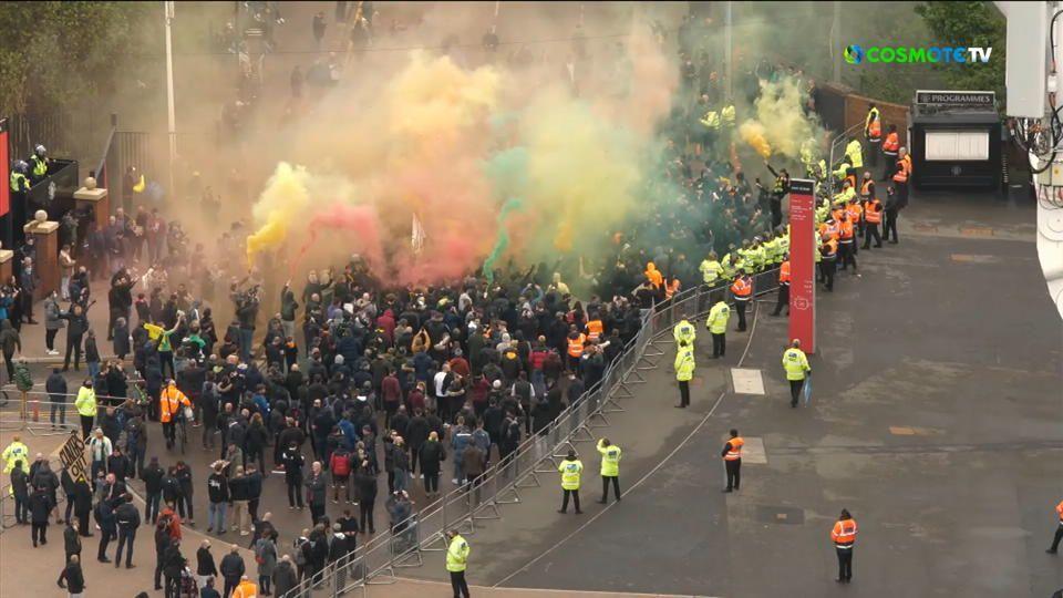 Τα επεισόδια έξω από το Old Trafford πριν από την έναρξη του ματς (vid)   panathinaikos24.gr