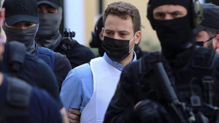 «Αυτά τα λέει η αστυνομία»: Διαψεύδει και δίνει νέα εκδοχή ο πιλότος   panathinaikos24.gr
