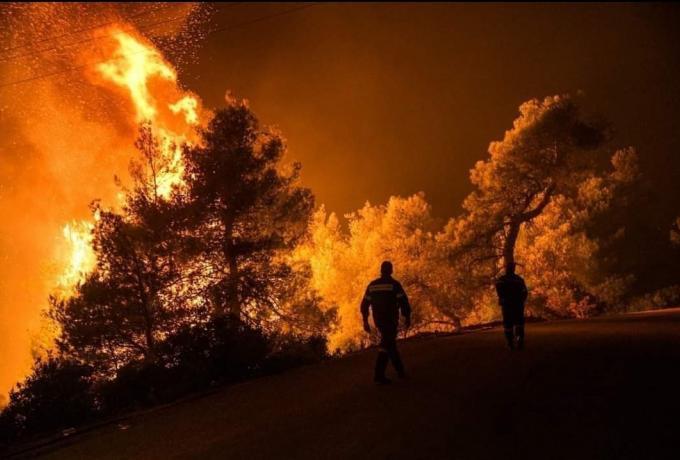 LIVE TV: Βρέχει φωτιά στην Αττική, στην εντατική πυροσβέστες – Εκκενώνονται Καπανδρίτι, Αγιος Στέφανος, Πολυδένδρι (vids) | panathinaikos24.gr