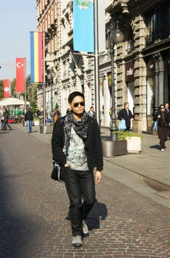 Strolling in Milan, Italy (2011)