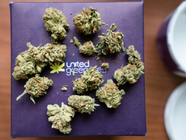 8 Ball Kush by United Greeneries