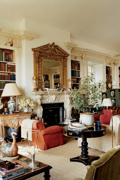 Opulent living space, library, and bedroom of Oscar de le Renta by architect Ernesto Buch.
