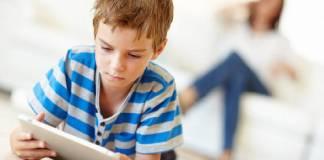 Plus Minus Membiarkan Anak Bermain Dengan Gadget