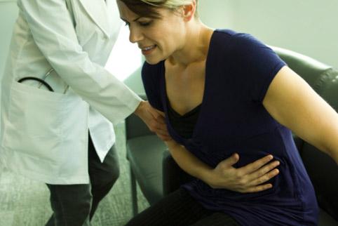 Какие патологии могут вызывать боли в эпигастральной области